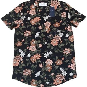 Abercrombie & Fitch Curved Hem Floral Tee